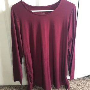 Soft long sleeve top. Pretty red wine color.
